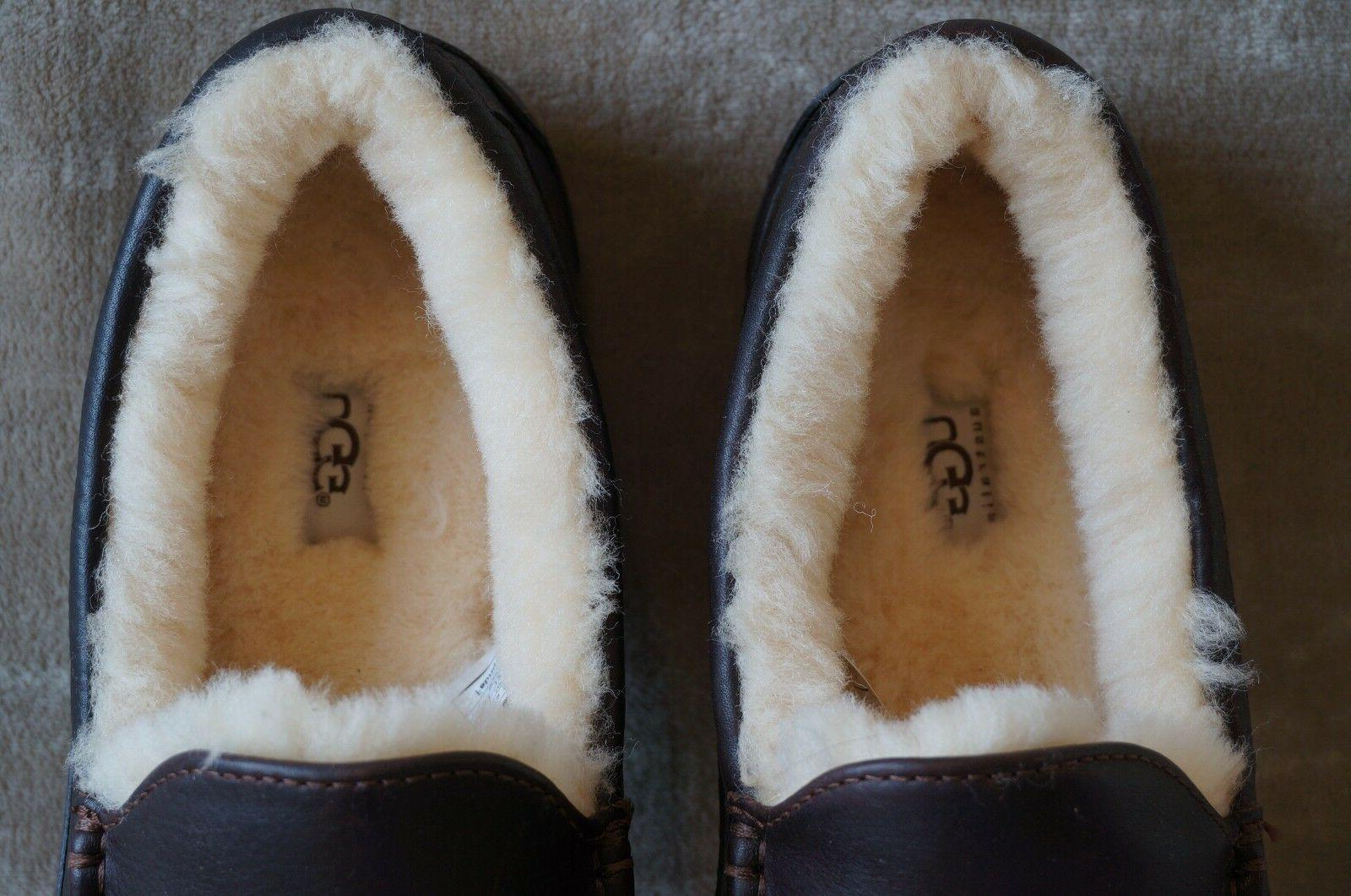 UGG ASCOT LEATHER SLIPPERS 10 EEE WIDE Mens CHINA TEA,