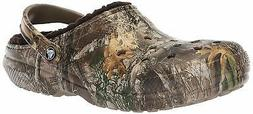 Crocs Men's and Women's Classic Fuzz Lined Realtree Edge Clo